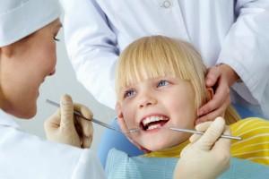 pas odontologą reikia apsilankyti